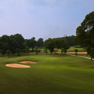 kings-island-golf-lakeside-course_img01
